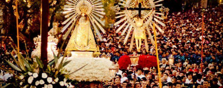 El Señor y la Virgen del Milagro están en Jujuy y esta noche hay procesión de antorchas