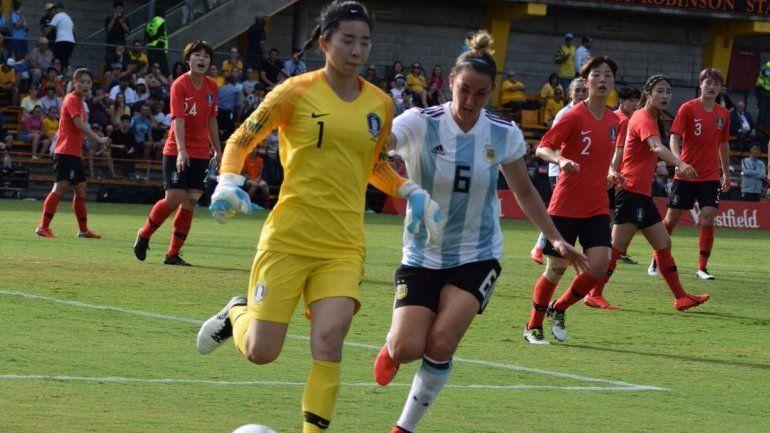 Selección femenina: Argentina debutó con una dura derrota 5 a 0 ante Corea del Sur