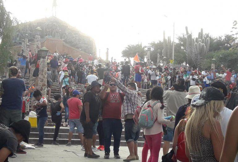 Los gauchos que viajaron en sulqui desde Santa Fe tuvieron su premio y conocieron el carnaval
