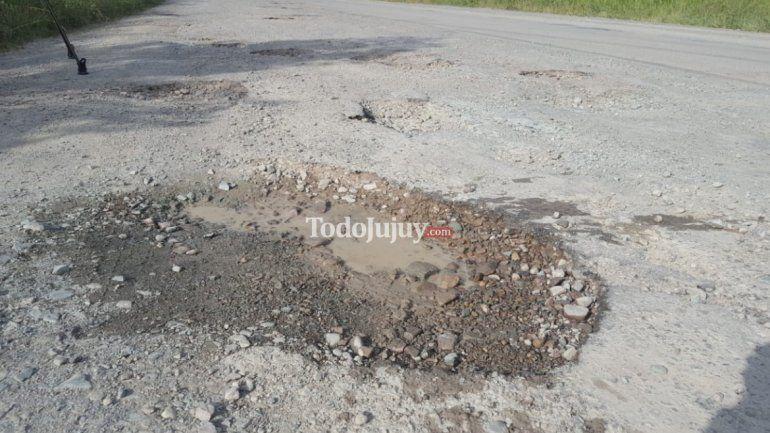 El lunes 11 iniciará la obra para arreglar los cráteres de la Ruta Provincial N°2