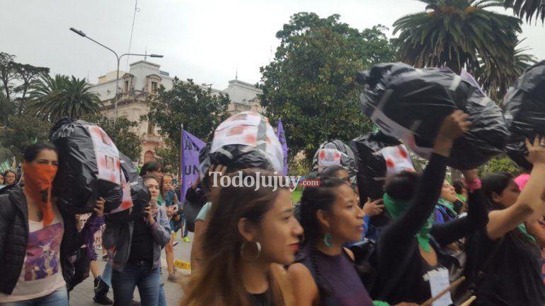 #8M en Jujuy: marcharon por el centro de la capital