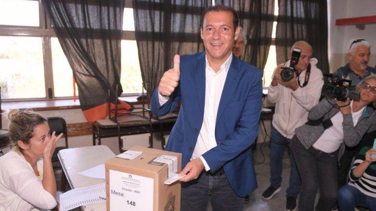Gutiérrez se impuso a los candidatos de Macri y Cristina y fue reelecto gobernador de Neuquén