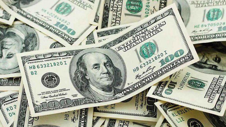Otro récord del dólar, cerró a $44,90 en el Banco Nación