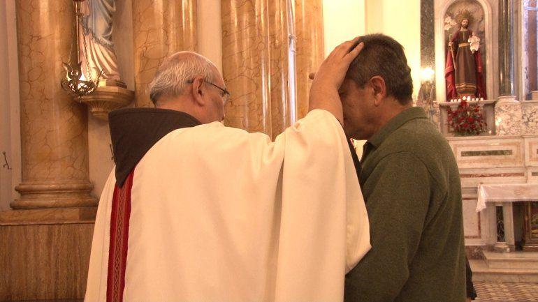 Cientos de jujeños se agrupan en la basílica de San Francisco para celebrar a San José