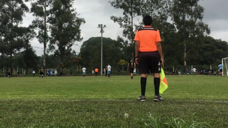 Suspenden el clásico de Calilegua por una agresión al árbitro