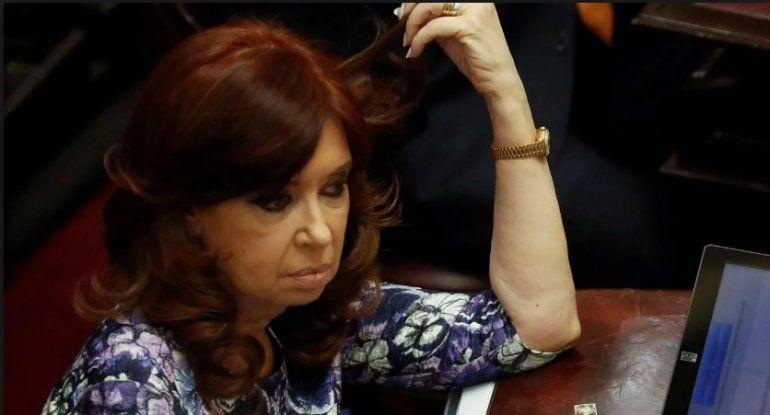 Desde las redes, Cristina Kirchner comparó la política económica de Macri con la de la dictadura