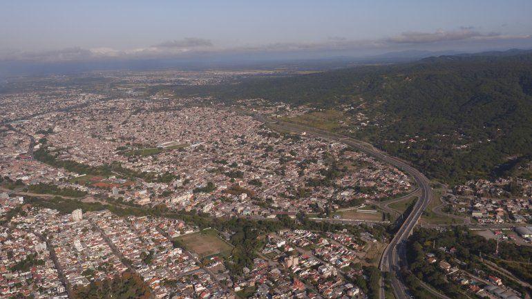 Construirán dos ascensores urbanos que conectarán el Xibi Xibi con Mariano Moreno