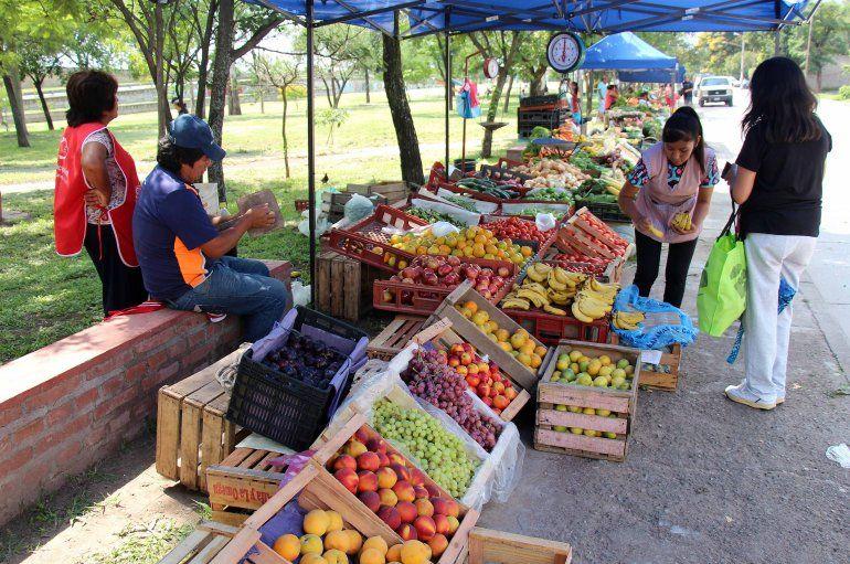 La feria franca de frutas y verduras sigue recorriendo la ciudad: todo el cronograma