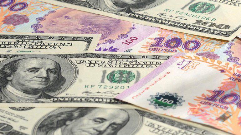 El dolar cerró en $44,40 y el BCRA recortó la tasa de política monetaria por cuarta rueda consecutiva