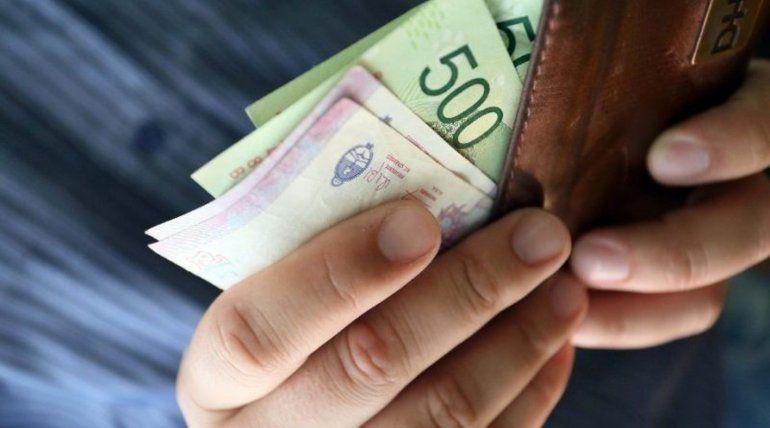 Impactará con el sueldo de agosto: El Gobierno provincial analiza cómo aplicar un incremento para los estatales