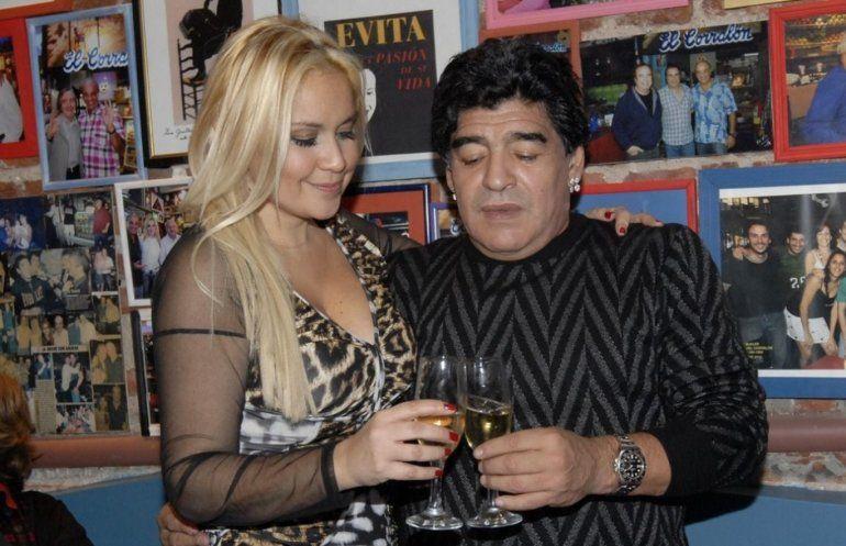 Diego Maradona está de novio otra vez con Verónica Ojeda