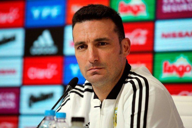 Scaloni seguirá en la selección hasta Qatar 2022