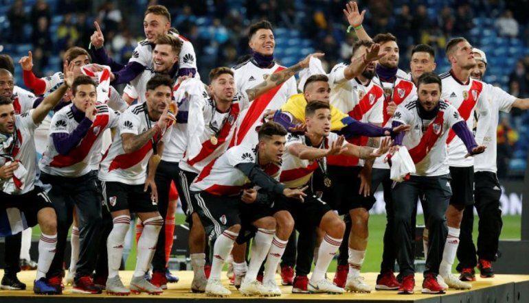 A 4 meses de la final de la Libertadores los hinchas de River explotan las redes