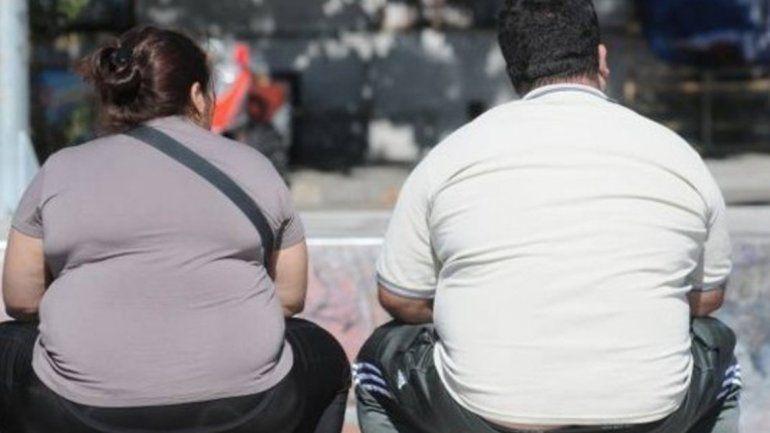 Obesidad y sedentarismo: más del 60% de la población está excedida de peso