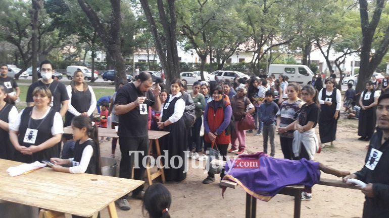 350 personas en situación de calle, fueron atendidas por el comedor Los 12 apóstoles
