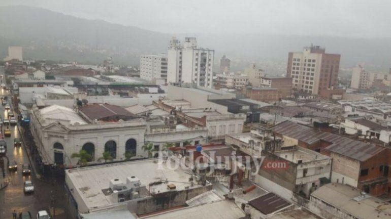 La lluvia bajaría la temperatura en Jujuy: se esperan mayores precipitaciones en la madrugada