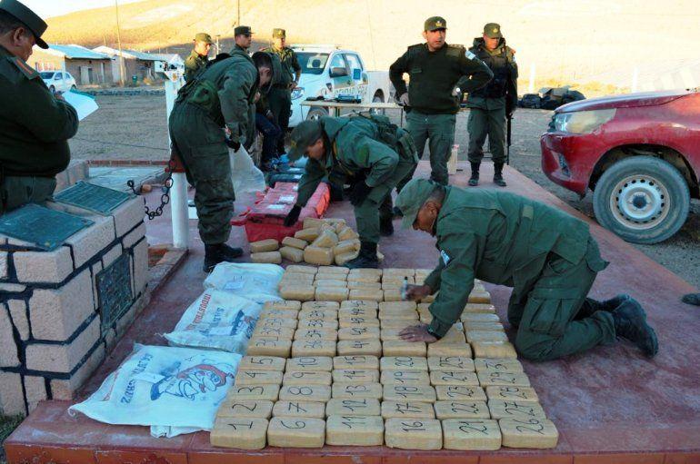 Trasladaba 380 kilos de cocaína en una camioneta en cercanías del volcán Llullaillaco