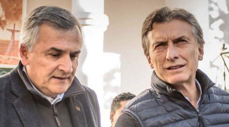 Morales viajó a Buenos Aires de imprevisto y acompañaría esta noche a Mauricio Macri en su búnker