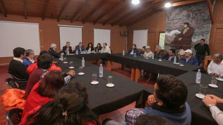 Amarillamiento: los pequeños productores tabacaleros volverán a ser asistidos por el Estado