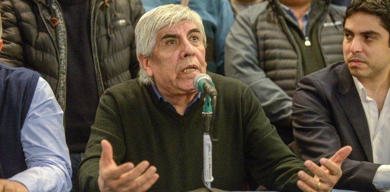 Moyano pide que se investigue a medios y periodistas: Tienen que pagarla