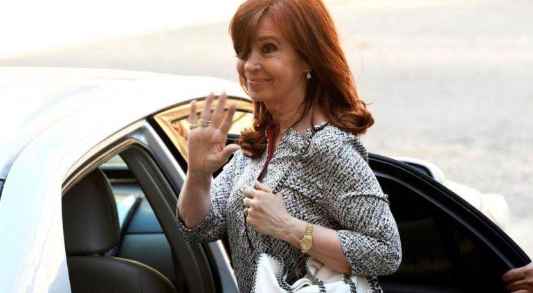 Cristina Kirchner pidió viajar a Cuba otra vez para poder visitar a su hija