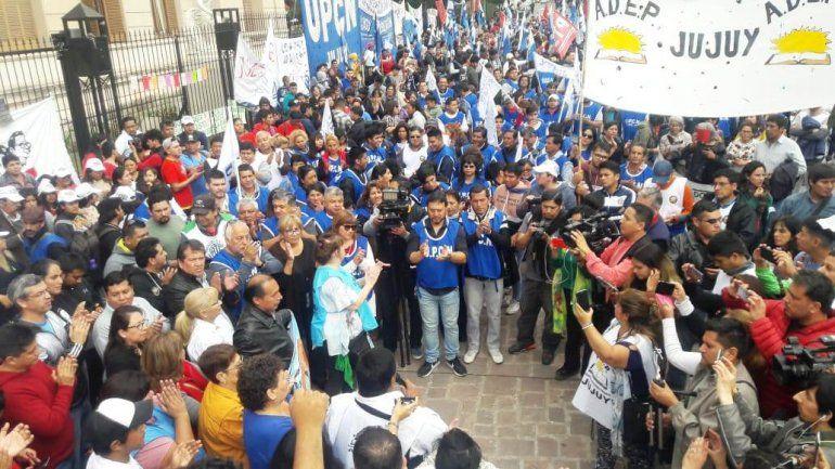 Martes de paro: gremios provinciales marchan a plaza Belgrano