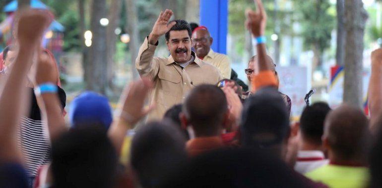 Vamos a cortarle la cabeza a quien haya que cortársela, advirtió Maduro