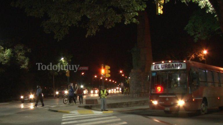 Inauguraron semáforos a la salida del Puente Tucumán