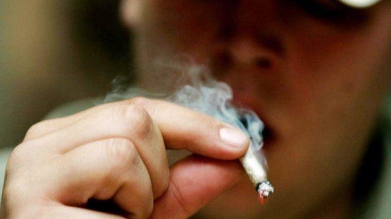 Los notorios efectos de dejar de consumir marihuana entre los jóvenes