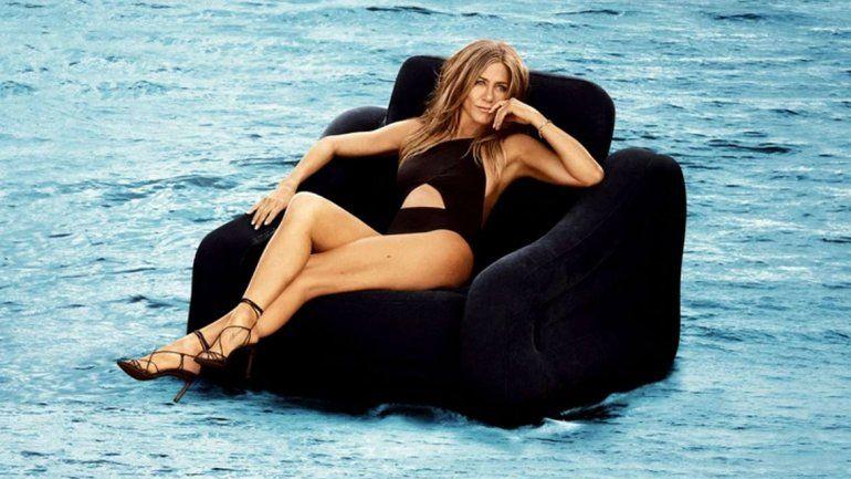 El topless de Jennifer Aniston a los 50 años