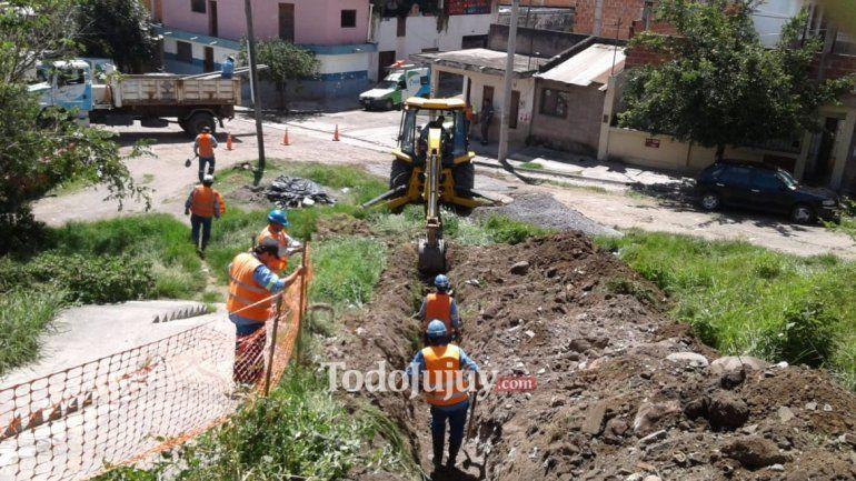 Realizaron obras para mejorar el servicio de agua potable en el barrio Coronel Arias