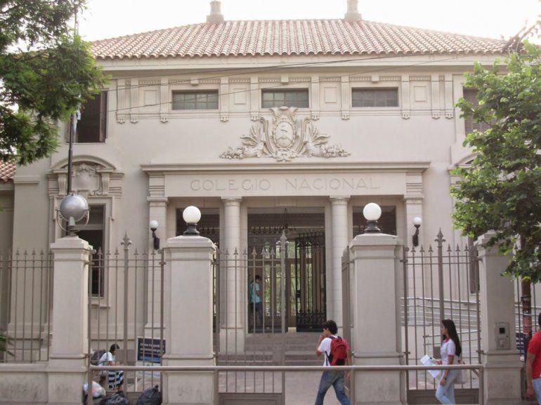Recuperaron el material robado del gabinete de informática del Colegio Nacional N°1