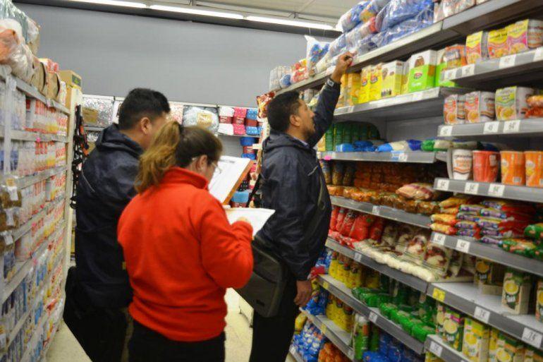 Inspectores fiscalizan en Jujuy la presencia de los Productos Esenciales