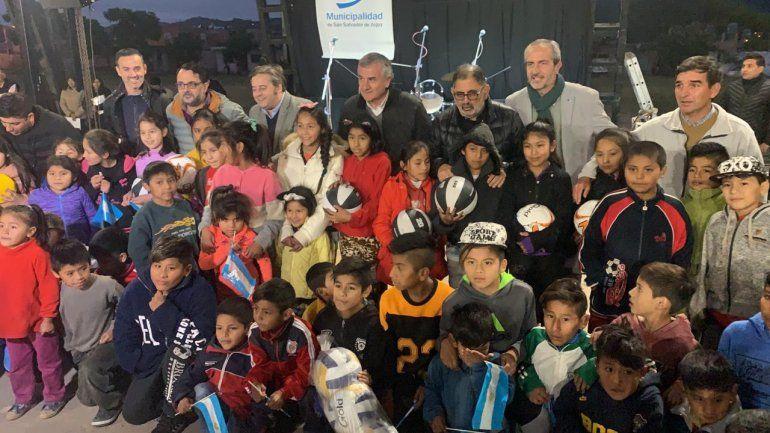 Quedó inaugurado el Polideportivo techado del barrio Punta Diamante