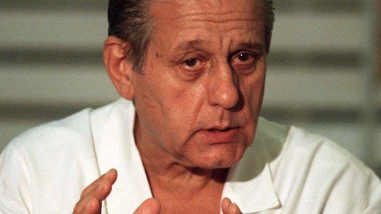 Histórico: 70 años después, subieron a Internet la tesis del doctor Favaloro
