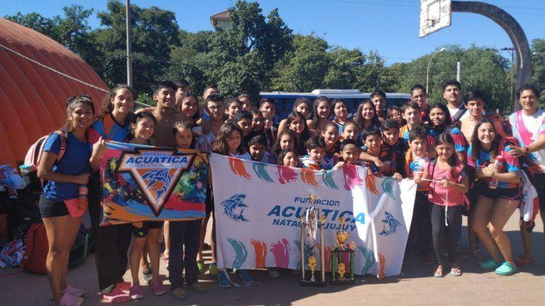 Nadadores jujeños brillaron en el Regional de Catamarca