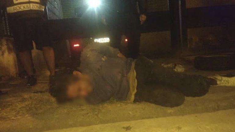 Santa Rita: vecinos atraparon a un ladrón, lo golpearon y lo entregaron a la policía