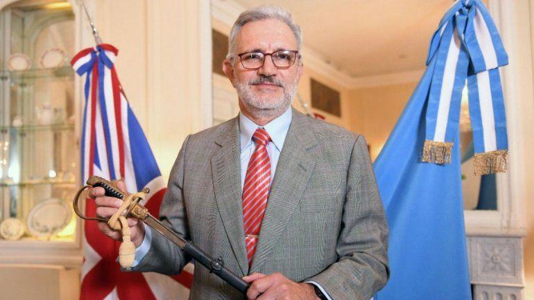 Un héroe de Malvinas recuperó su sable 37 años después