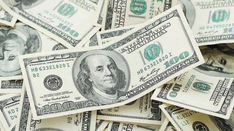 El dólar se estabilizó y se desacopló de la tendencia de las monedas emergentes