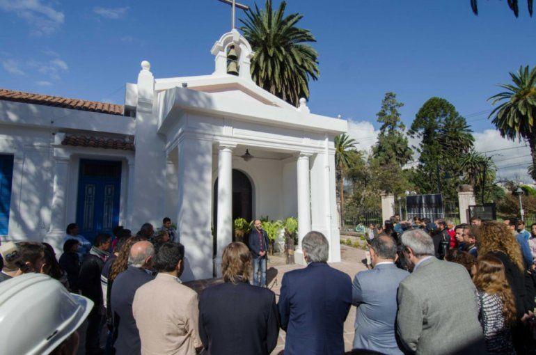 Inauguraron la Plaza España en el San Roque y revalorizaron la capilla del hospital