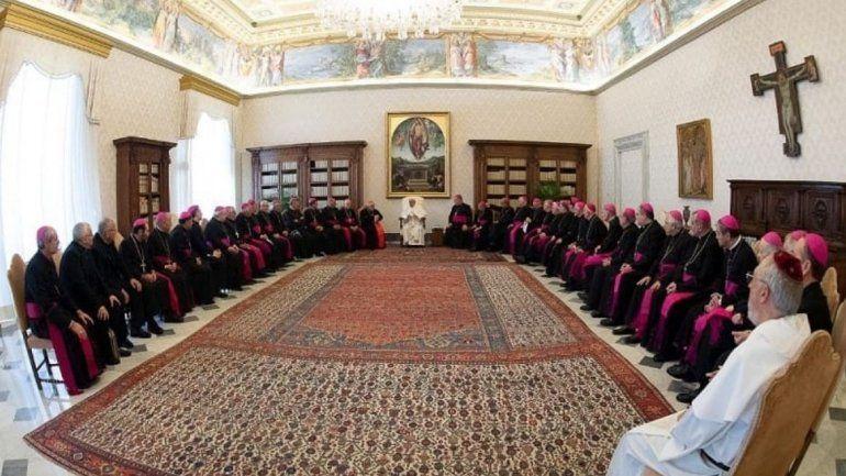 Los obispos argentinos y el Papa Francisco preocupados por la situación del país y las elecciones