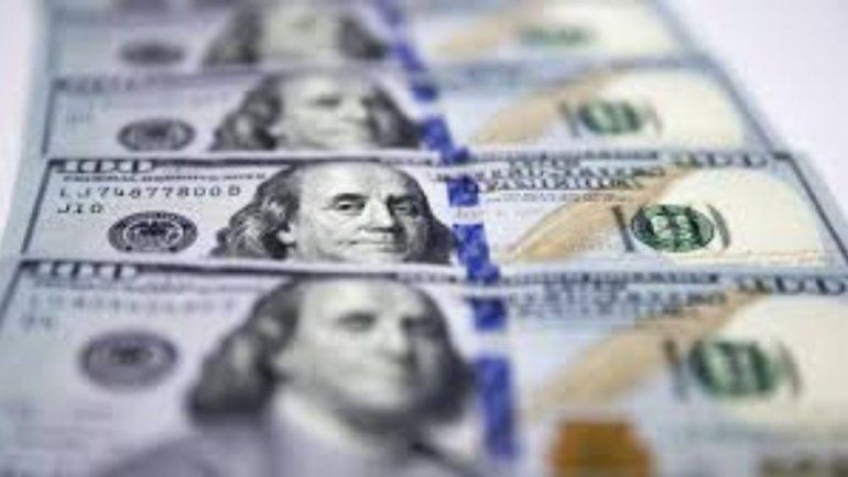 Tranquilidad: el dólar arranca el mes de junio estable