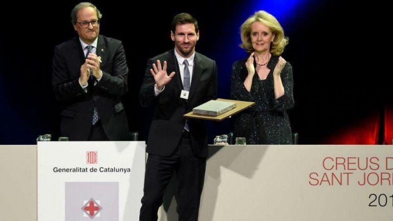 Messi fue distinguido por el gobierno catalán por su humildad y honestidad
