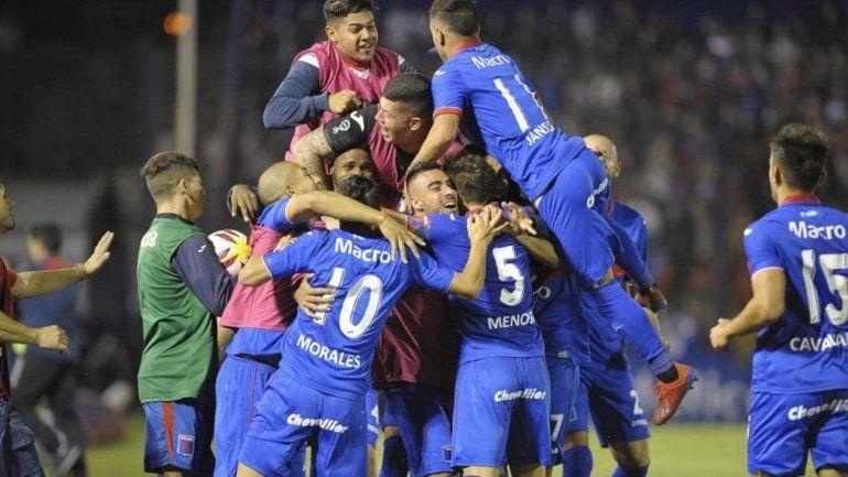 Conmebol dio marcha atrás y Tigre podrá jugar la Libertadores si es campeón