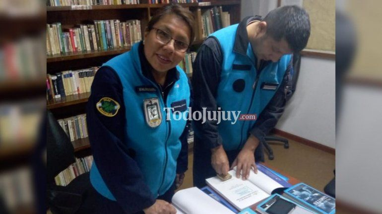 Buscan donaciones de libros para crear una biblioteca de historia jujeña en la Base Marambio