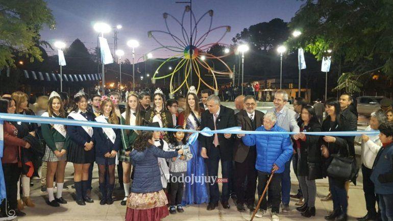Inauguraron la Fuente de los Estudiantes en la punta del Parque San Martín
