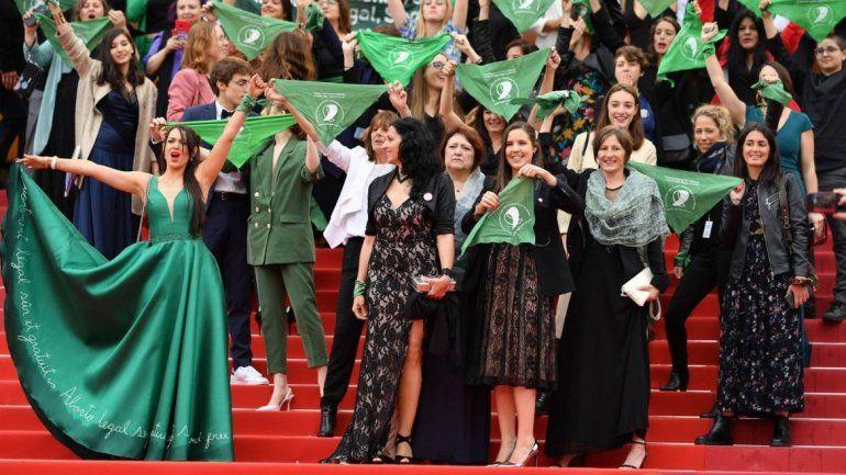 La campaña por el aborto legal se hizo escuchar en el Festival de Cannes