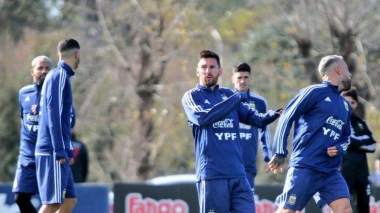 Lionel Messi se entrenó por primera vez en la previa de la Copa América