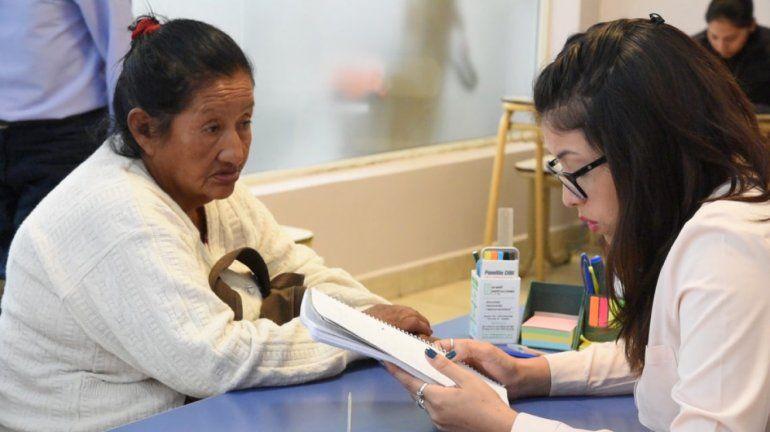 Adultos mayores con bajos recursos podrán tramitar el DNI de forma gratuita