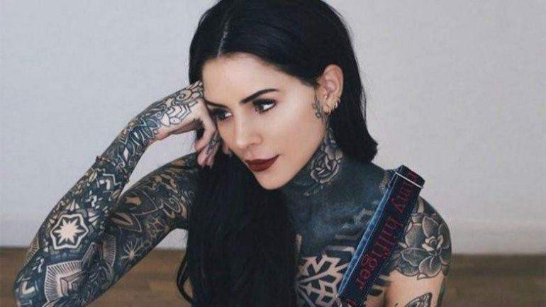 El look osado que eligió Cande Tinelli para un show en Uruguay